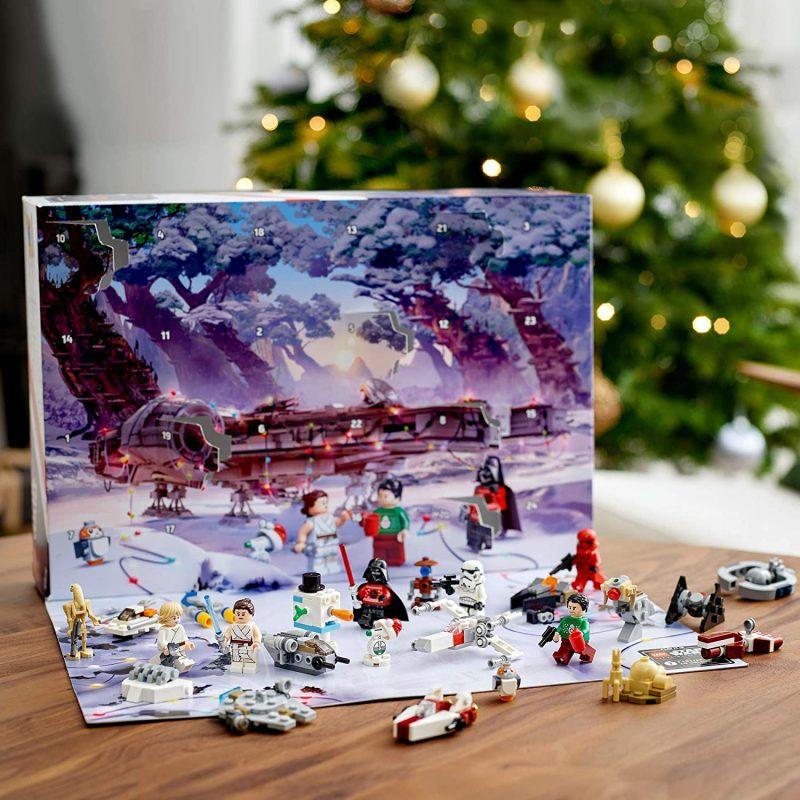 LEGO Star Wars Advent Calendar - Inside